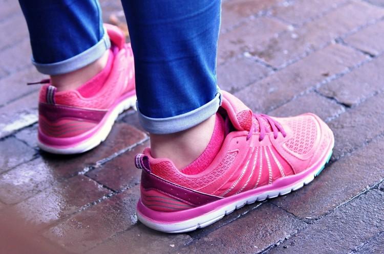 feet-965688_1280